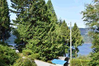 Photo 1: 7072 PORPOISE Drive in Sechelt: Sechelt District House for sale (Sunshine Coast)  : MLS®# R2553985