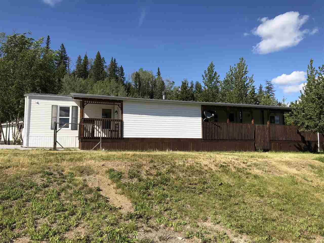 """Main Photo: 46520 EAST BAY Road: Cluculz Lake Manufactured Home for sale in """"Cluculz Lake"""" (PG Rural West (Zone 77))  : MLS®# R2387256"""