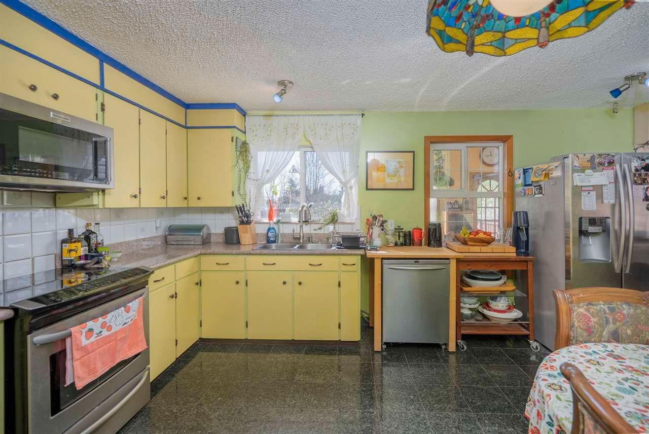 Photo 19: Photos: 32036 WESTVIEW Avenue in Mission: Mission BC House for sale : MLS®# R2568098