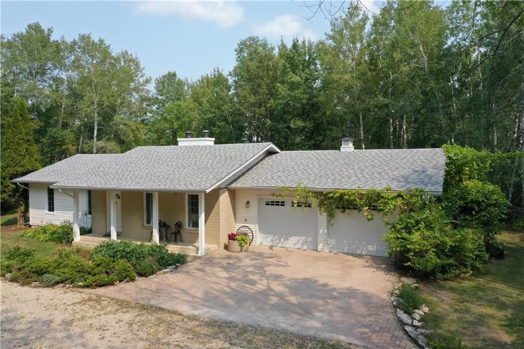 Main Photo: 38093 MUN 50N Road in St Genevieve: R05 Residential for sale : MLS®# 202121125