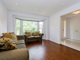 Photo 2: 65 Longwater Chase in Markham: Unionville House (2-Storey) for sale : MLS®# N3891650