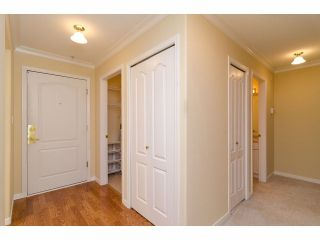 "Photo 9: # 402 15350 19A AV in Surrey: King George Corridor Condo for sale in ""Stratford Gardens"" (South Surrey White Rock)  : MLS®# F1308602"