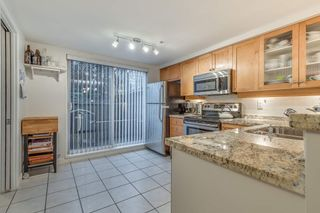 """Photo 20: 15 288 ST. DAVIDS Avenue in North Vancouver: Lower Lonsdale Townhouse for sale in """"ST. DAVID'S LANDING"""" : MLS®# R2232167"""