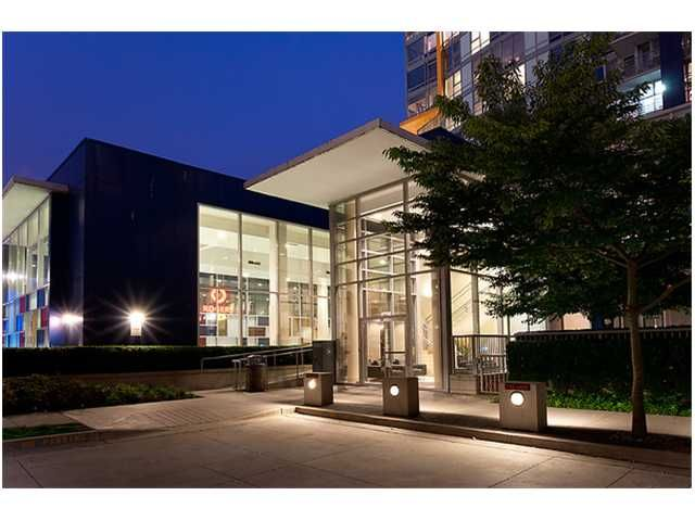 """Photo 9: Photos: # 706 111 W GEORGIA ST in Vancouver: Downtown VW Condo for sale in """"111 WEST GEORGIA"""" (Vancouver West)  : MLS®# V911690"""