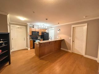 """Photo 8: 407 30515 CARDINAL Avenue in Abbotsford: Abbotsford West Condo for sale in """"Tamarind"""" : MLS®# R2617185"""
