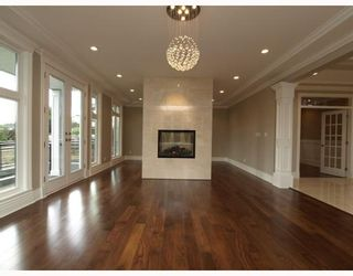 Photo 4: 1425 SUTHERLAND Avenue in North_Vancouver: Boulevard House for sale (North Vancouver)  : MLS®# V773656