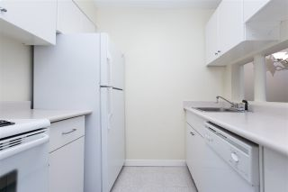 """Photo 4: 802 2008 FULLERTON Avenue in North Vancouver: Pemberton NV Condo for sale in """"Seymour By Woodcroft Estate"""" : MLS®# R2216896"""