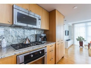 """Photo 5: 1607 1455 GEORGE Street: White Rock Condo for sale in """"Avra"""" (South Surrey White Rock)  : MLS®# R2558327"""