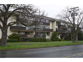 Main Photo: 202 505 Cook St in VICTORIA: Vi Fairfield West Condo for sale (Victoria)  : MLS®# 277264