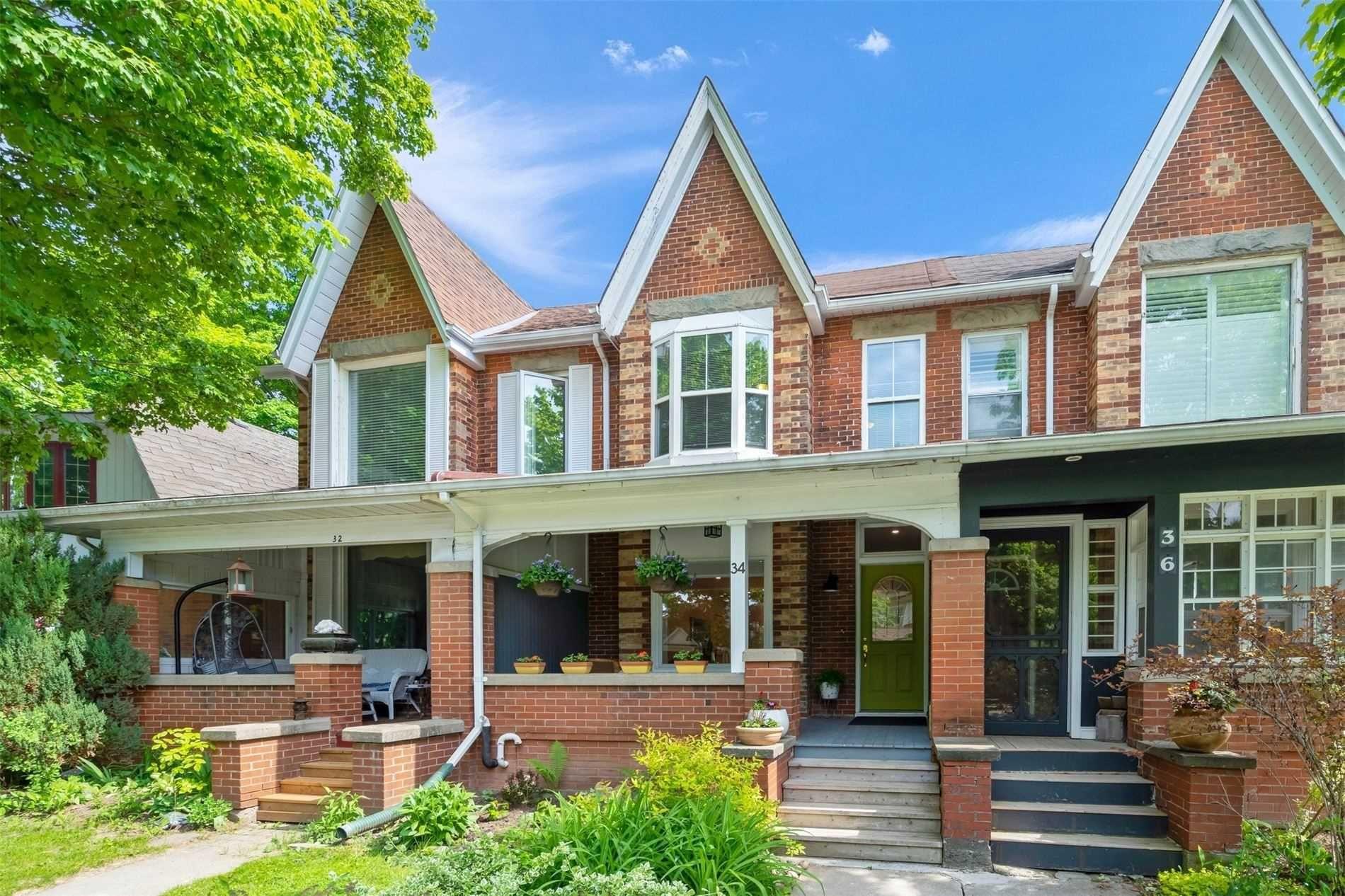 Main Photo: 34 Zina Street: Orangeville House (2-Storey) for sale : MLS®# W5262899