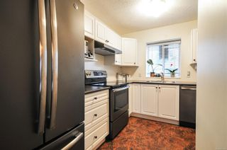 Photo 5: 16 2317 Dalton Rd in : CR Willow Point Row/Townhouse for sale (Campbell River)  : MLS®# 863455