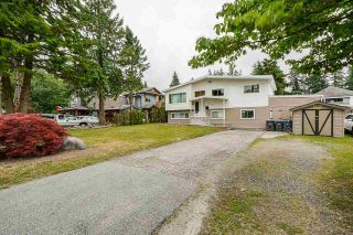 """Photo 3: 5874 123A Street in Surrey: Panorama Ridge House for sale in """"BOUNDARY PARK"""" : MLS®# R2591768"""