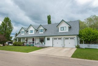 Main Photo: 34 Pickwick Lane: Lacombe Detached for sale : MLS®# A1116768