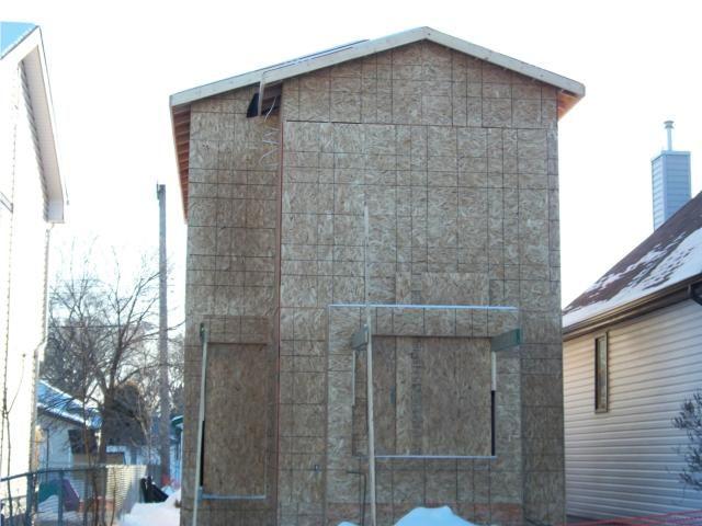 Photo 1: Photos: 1450 elgin Avenue West in WINNIPEG: Brooklands / Weston Residential for sale (West Winnipeg)  : MLS®# 1001364