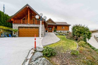 Photo 1: 7237 MARBLE HILL Road in Chilliwack: Eastern Hillsides House for sale : MLS®# R2546801