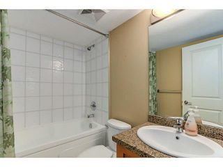 """Photo 9: 108 2373 ATKINS Avenue in Port Coquitlam: Central Pt Coquitlam Condo for sale in """"CARMANDY"""" : MLS®# V1136914"""