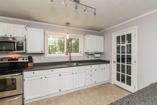 Photo 5: 7353 N Island Hwy in : CV Merville Black Creek House for sale (Comox Valley)  : MLS®# 875421