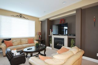 Photo 2: 24326 101A AVENUE in Maple Ridge: Albion House for sale : MLS®# R2016434
