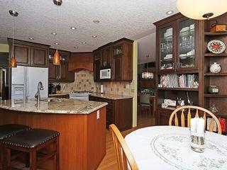 Photo 8: 80 SCENIC Gardens NW in Calgary: Scenic Acres House for sale : MLS®# C4165304