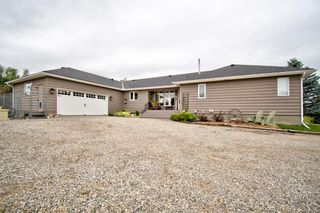 Photo 1: 273146 Lochend Road in Rural Rocky View County: Rural Rocky View MD Detached for sale : MLS®# A1132685
