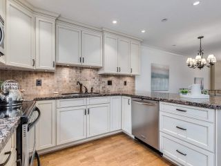 """Photo 11: 8 1266 W 6TH Avenue in Vancouver: Fairview VW Townhouse for sale in """"Camden Court"""" (Vancouver West)  : MLS®# R2487399"""