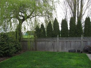 Photo 11: 17096 64TH Avenue in Surrey: Cloverdale BC House for sale (Cloverdale)  : MLS®# F1000732