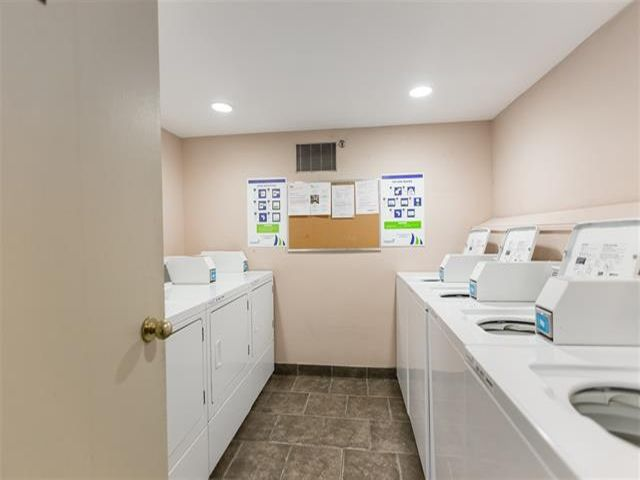 Photo 4: Photos: 105 1655 NELSON Street in Vancouver: West End VW Condo for sale (Vancouver West)  : MLS®# R2419853
