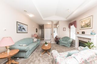 """Photo 12: 59 20770 97B Avenue in Langley: Walnut Grove Townhouse for sale in """"MUNDAY CREEK"""" : MLS®# R2271523"""