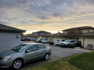 "Photo 25: 2 14239 18A Avenue in Surrey: Sunnyside Park Surrey Townhouse for sale in ""Sunhill Gardens"" (South Surrey White Rock)  : MLS®# R2556945"
