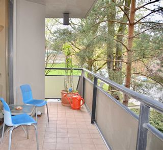 """Photo 19: 302 1685 W 14TH Avenue in Vancouver: Fairview VW Condo for sale in """"TOWN VILLA"""" (Vancouver West)  : MLS®# R2359239"""