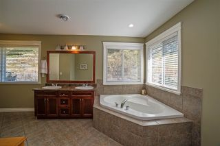 """Photo 15: 32 33925 ARAKI Court in Mission: Mission BC House for sale in """"Abbey Meadows"""" : MLS®# R2103801"""
