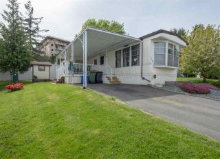 Photo 3: 116 8220 KING GEORGE Boulevard in Surrey: Bear Creek Green Timbers Manufactured Home for sale : MLS®# R2574111