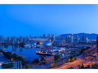 """Photo 1: 2107 1618 QUEBEC Street in Vancouver: Mount Pleasant VE Condo for sale in """"CENTRAL"""" (Vancouver East)  : MLS®# V1142760"""