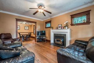 Photo 4: 441 St Margarets Bay Road in Halifax: 8-Armdale/Purcell`s Cove/Herring Cove Residential for sale (Halifax-Dartmouth)  : MLS®# 202123173