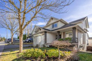 "Photo 2: 20212 70A Avenue in Langley: Willoughby Heights House for sale in ""JEFFRIES BROOK"" : MLS®# R2562732"