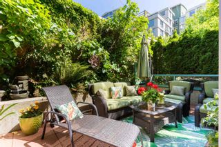 """Photo 19: 202 1033 MARINASIDE Crescent in Vancouver: Yaletown Condo for sale in """"QUAYWEST"""" (Vancouver West)  : MLS®# R2623495"""