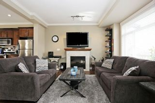 """Photo 4: 17 5623 TESKEY Way in Chilliwack: Promontory Townhouse for sale in """"Wisteria Heights"""" (Sardis)  : MLS®# R2531032"""