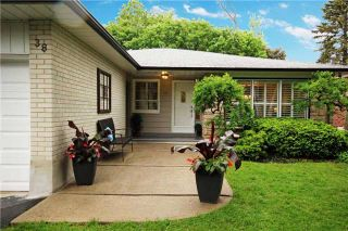 Photo 2: 38 Langevin Cres in Toronto: Centennial Scarborough Freehold for sale (Toronto E10)  : MLS®# E3847340