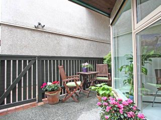 "Photo 10: 35 870 W 7TH Avenue in Vancouver: Fairview VW Townhouse for sale in ""LAUREL COURT"" (Vancouver West)  : MLS®# V893542"