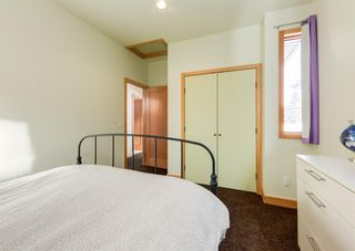Photo 27: 3322 41 Street SW in Calgary: Glenbrook Detached for sale : MLS®# A1069634