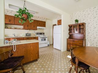 Photo 7: 1930 E 8TH Avenue in Vancouver: Grandview VE House for sale (Vancouver East)  : MLS®# R2018099