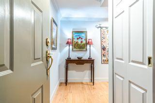 """Photo 4: 101 15080 PROSPECT Avenue: White Rock Condo for sale in """"The Tiffany"""" (South Surrey White Rock)  : MLS®# R2610135"""