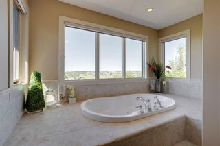 Photo 15: 2783 77 Street SW in Calgary: Springbank Hill Detached for sale : MLS®# A1070936