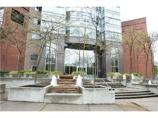Photo 2: # 2610 63 KEEFER PL in Vancouver: Downtown VW Condo for sale (Vancouver West)  : MLS®# V1061654