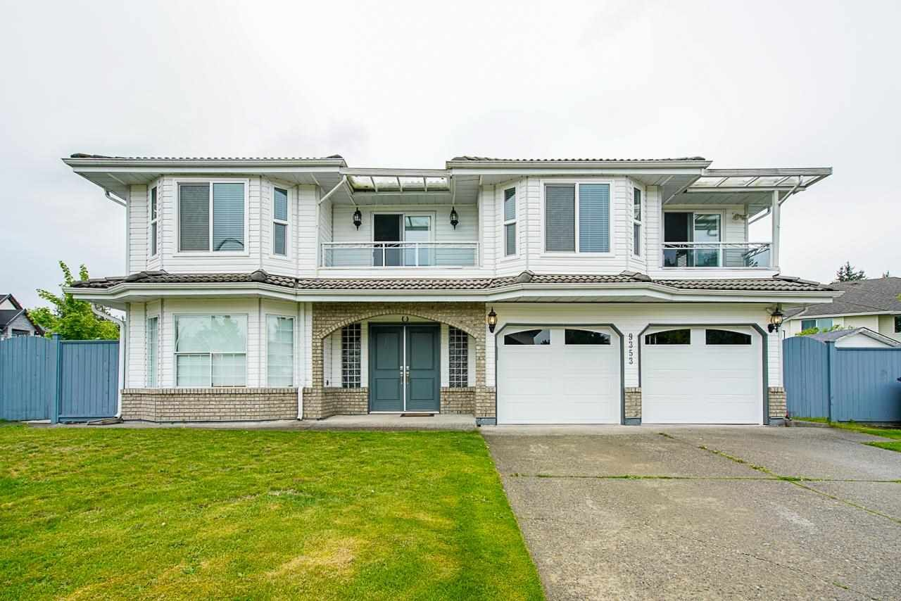 Main Photo: 9353 156A Street in Surrey: Fleetwood Tynehead House for sale : MLS®# R2575211