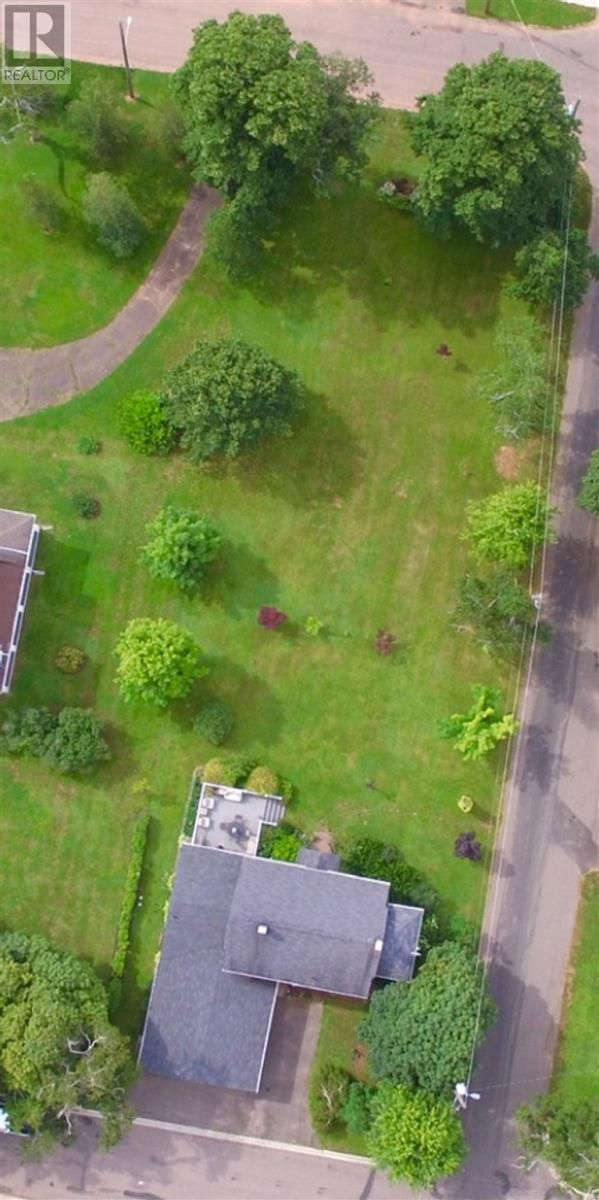 Photo 6: Photos: 349 Beaver Street in Summerside: House for sale : MLS®# 202120610