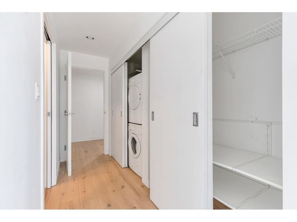 """Photo 17: Photos: 1704 128 W CORDOVA Street in Vancouver: Downtown VW Condo for sale in """"WOODWARDS"""" (Vancouver West)  : MLS®# R2592545"""