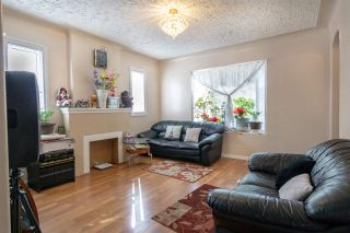 Photo 3: 10709 112 Street in Edmonton: Zone 08 House for sale : MLS®# E4236894