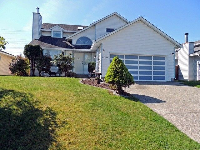 Main Photo: 20990 95A AV in Langley: Walnut Grove House for sale : MLS®# F1309982