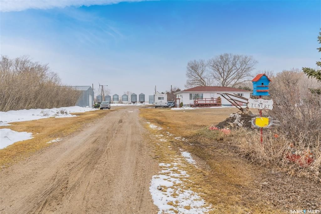 Main Photo: Zenert Acreage in Colonsay: Residential for sale (Colonsay Rm No. 342)  : MLS®# SK846906